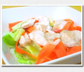 鶏むね肉と野菜の昆布蒸し
